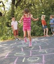Во что можно поиграть с ребенком школьного возраста?