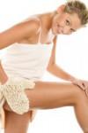 Самомассаж и водные процедуры против растяжек