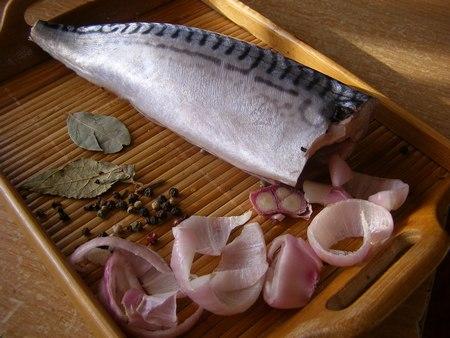 Отправим рыбу в рассол на сутки