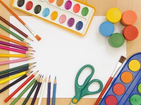 Краски или цветные карандаши