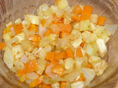Лук, морковь и сельдирей