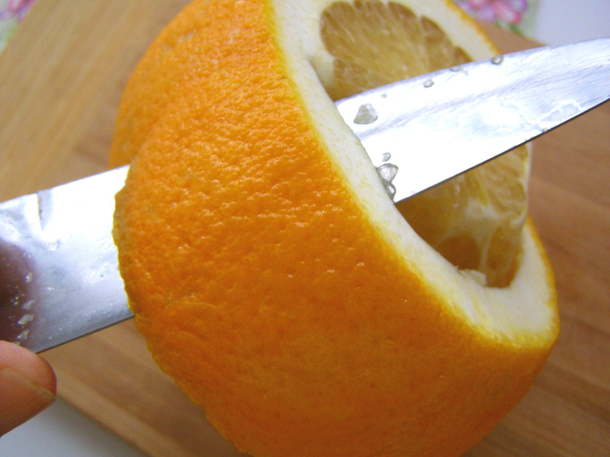 Очистим апельсин