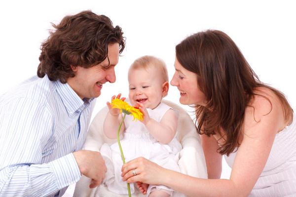 Усыновить ребенка