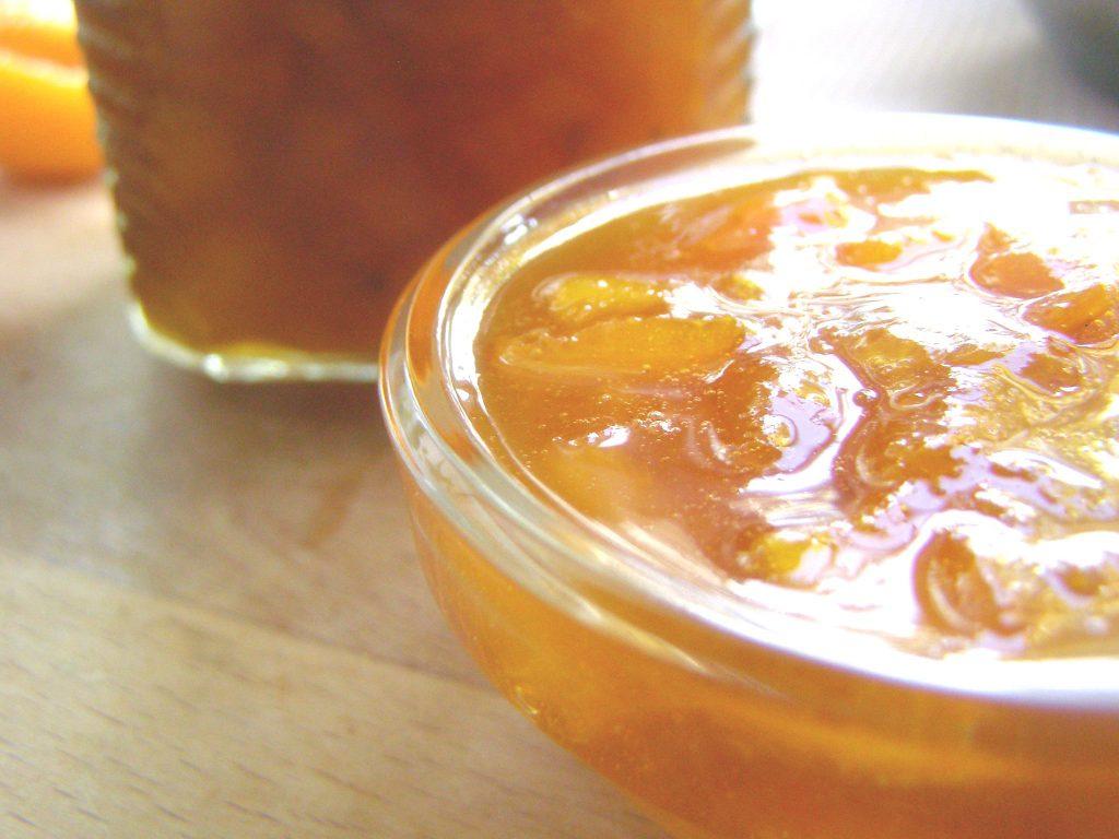 Из абрикоса и апельсина