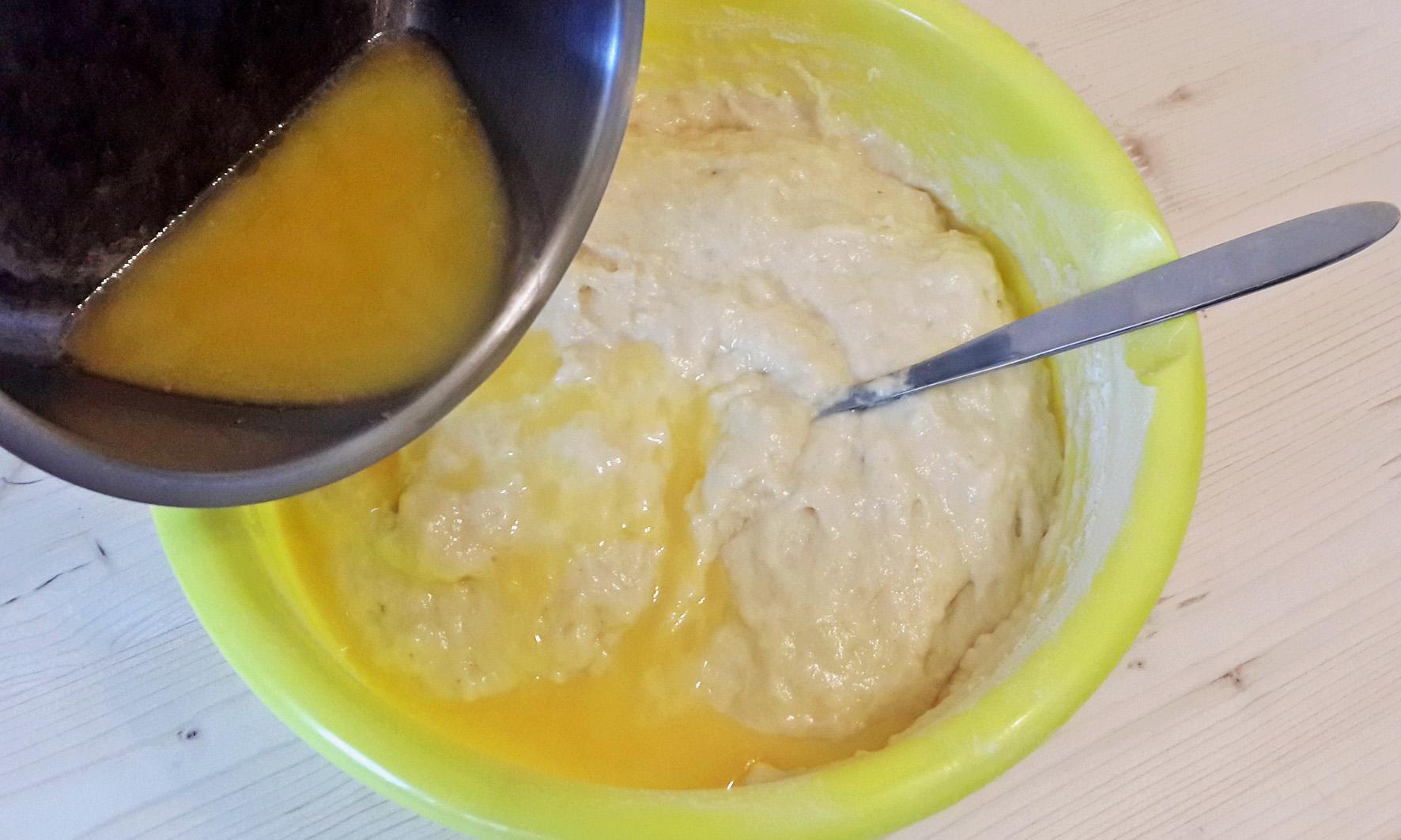 масло в тесто