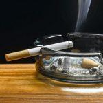 Избавиться от запаха сигарет в доме