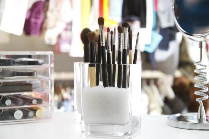 Сушим кисти для макияжа