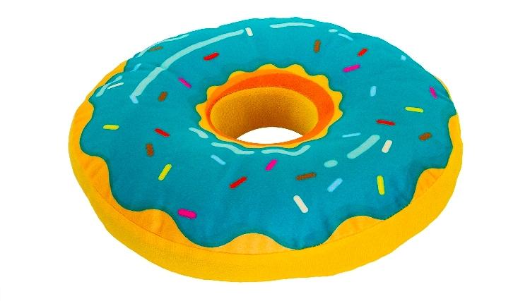 Подушка в виде аппетитного пончика1