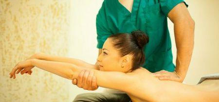 Лечение защемления седалищного нерва гимнастикой и массажем