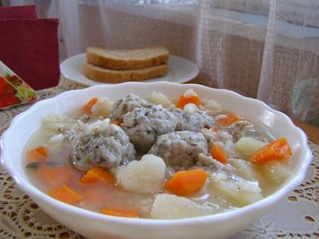 Суп с фрикадельками из бычков