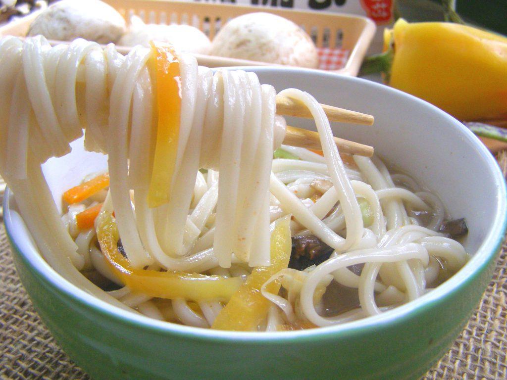 Суп с лапшой и грибами