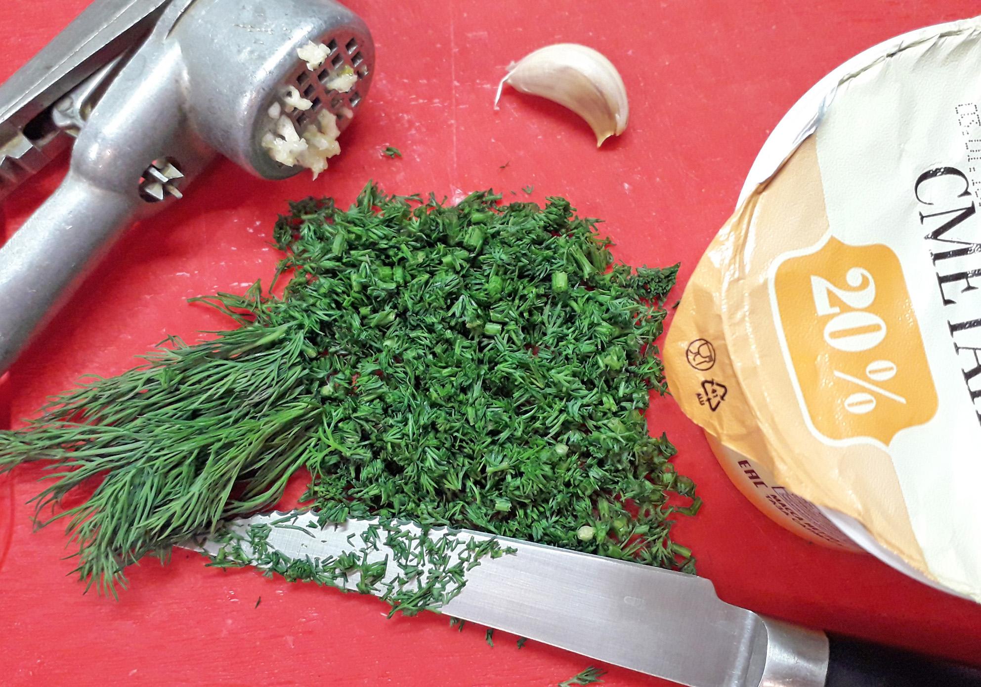 зелень для соуса