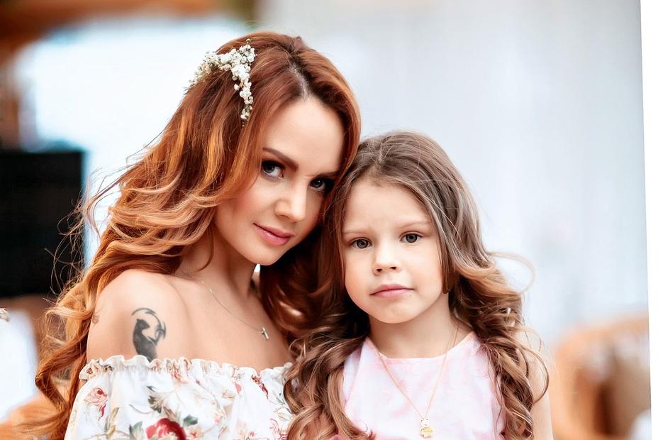 Максим с дочкой