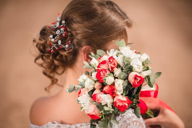 Лучшие свадебные прически 2021 - советы стилиста
