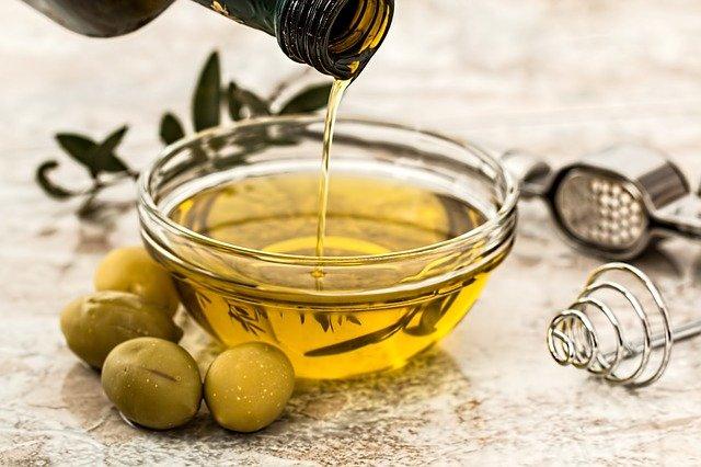 Оливковое масло для красоты и здоровья: как правильно использовать