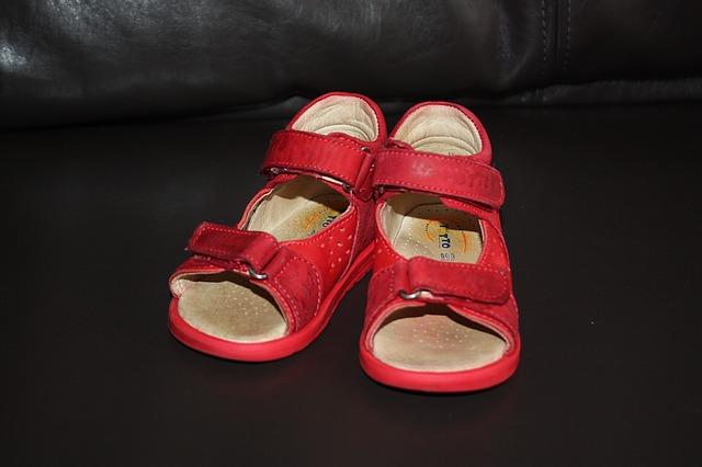 Cамые стильные детские сандалии