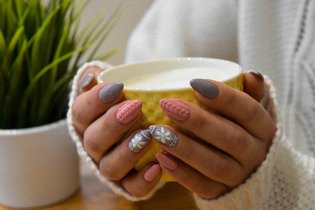 Как нарастить дома ногти акрилом? Фото и видеоинстукция