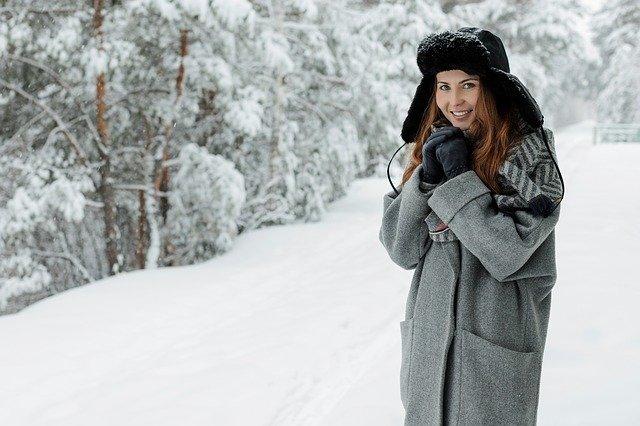 Учимся составлять базовый зимний гардероб: советы стилиста по выбору зимних вещей